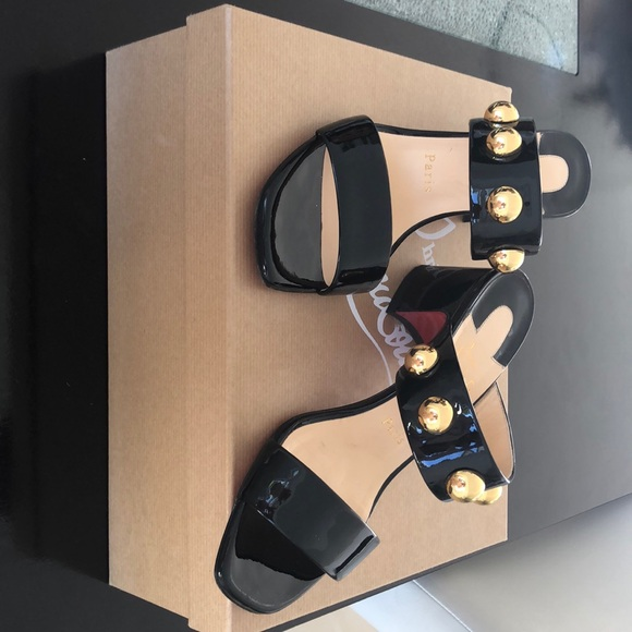 wholesale dealer a97bb 423da Christian Louboutin Simple Bille 55 patent